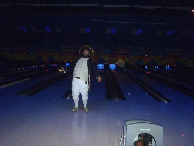 bowling with pirates 6